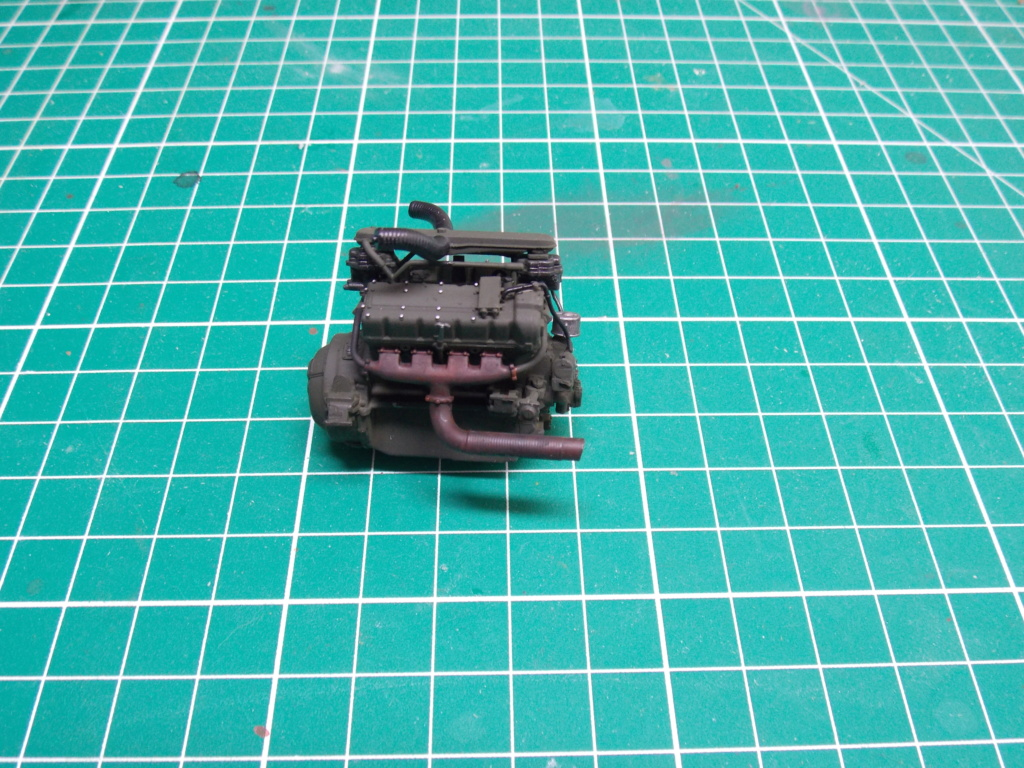 Sherman M4A3 76W HVSS with full interior RFM 1/35 - Page 3 Dscn8502