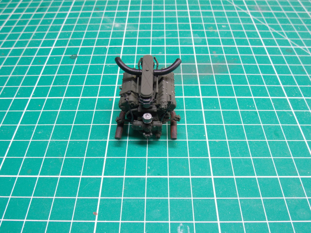 Sherman M4A3 76W HVSS with full interior RFM 1/35 - Page 3 Dscn8506