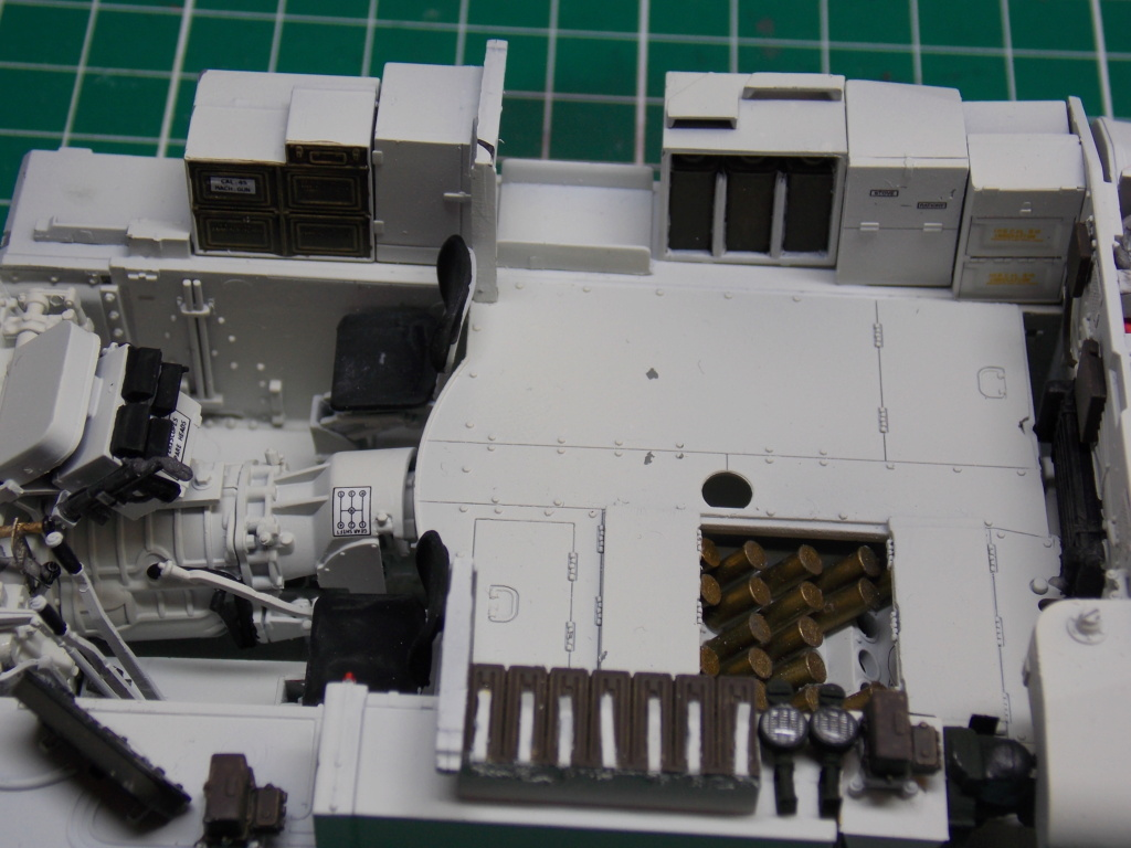 Sherman M4A3 76W HVSS with full interior RFM 1/35 - Page 3 Dscn8507
