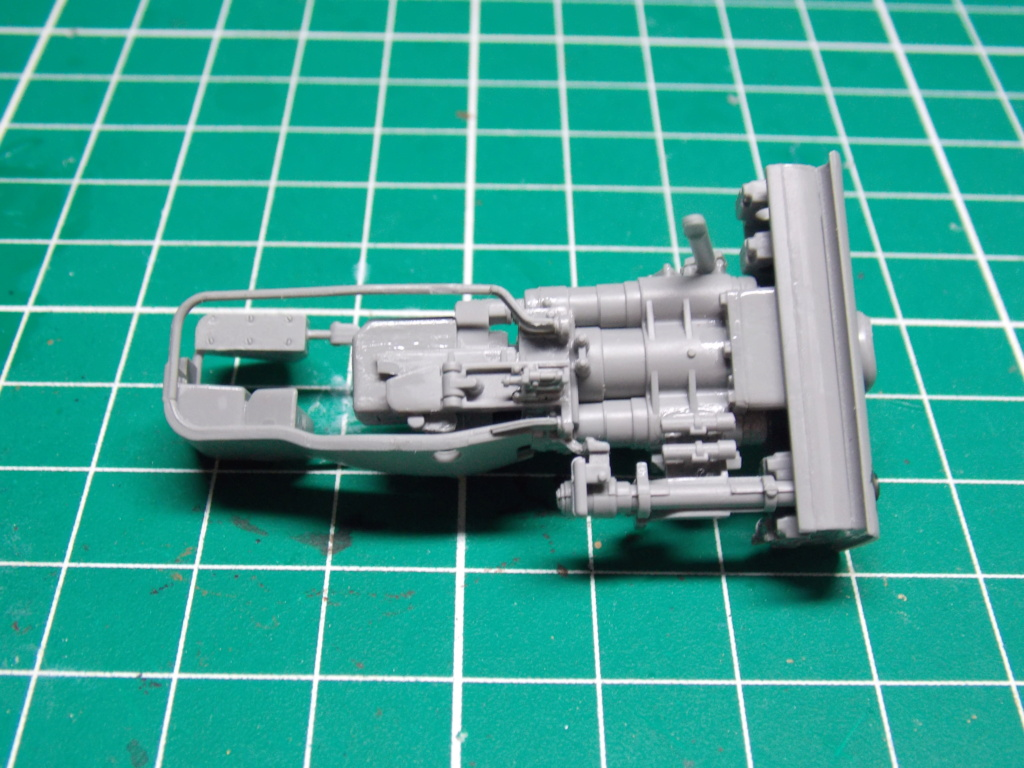 Sherman M4A3 76W HVSS with full interior RFM 1/35 - Page 5 Dscn8531
