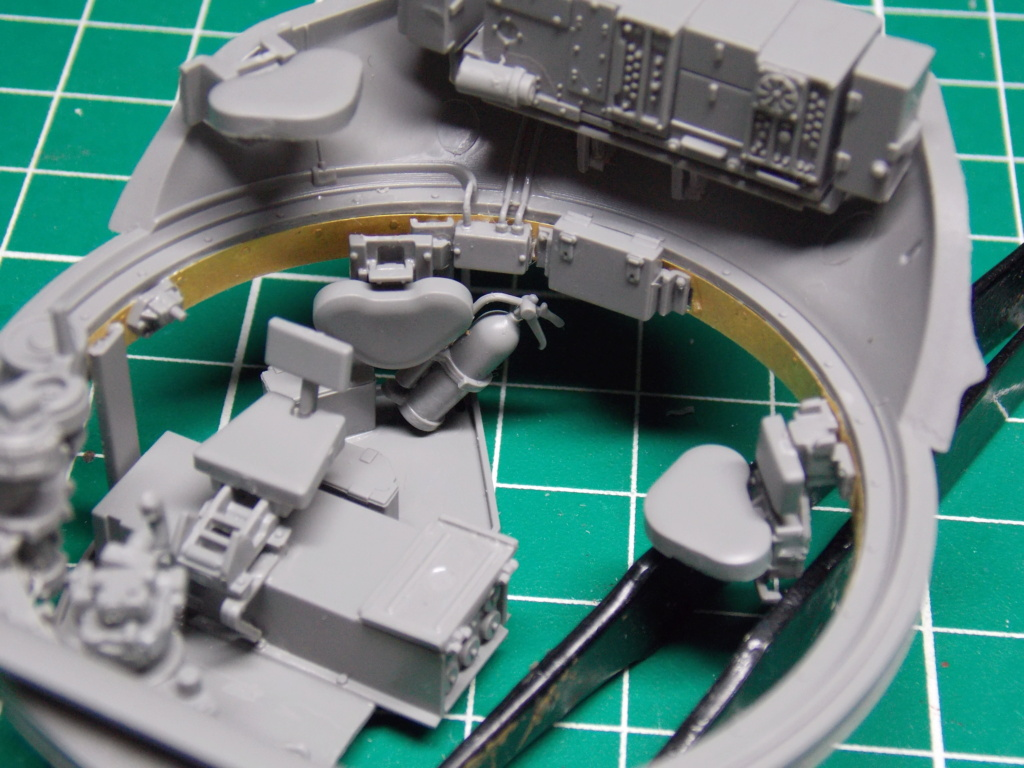 Sherman M4A3 76W HVSS with full interior RFM 1/35 - Page 5 Dscn8547