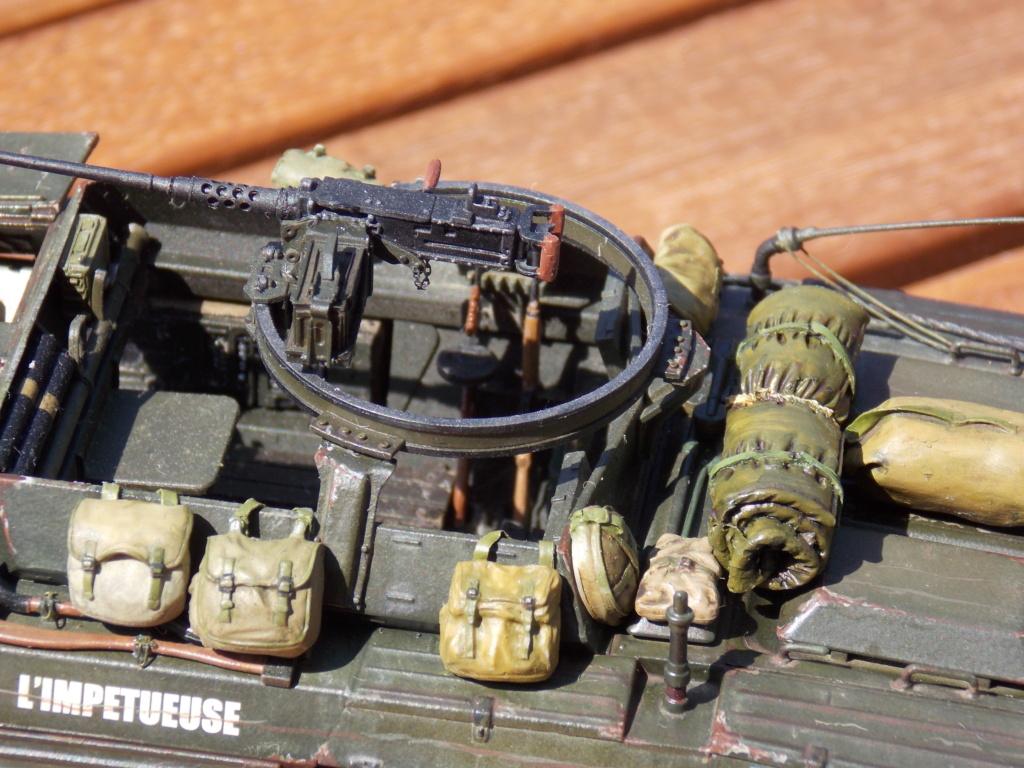 M8 Greyhound Tamiya et Jeep Willys Takom 1/35  - Page 4 Dscn8557