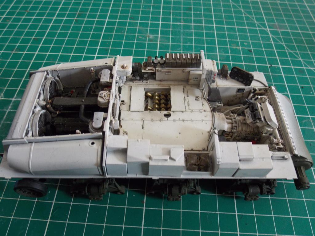 Sherman M4A3 76W HVSS with full interior RFM 1/35 - Page 7 Dscn8592
