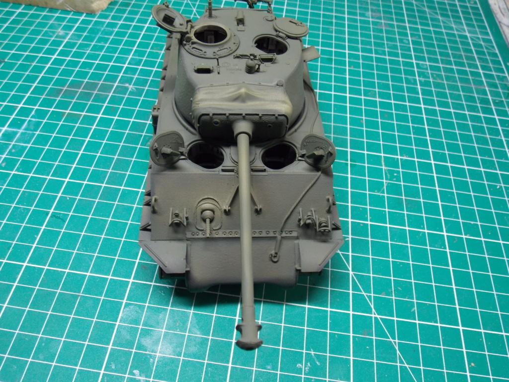 Sherman M4A3 76W HVSS with full interior RFM 1/35 - Page 8 Dscn8614