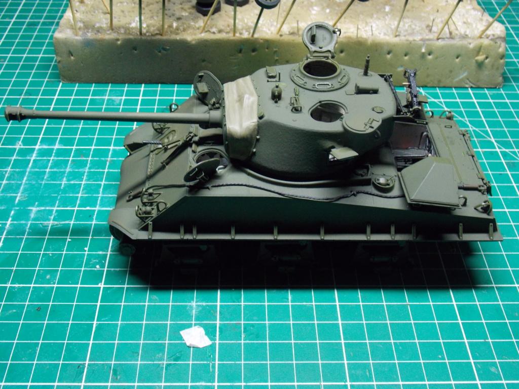 Sherman M4A3 76W HVSS with full interior RFM 1/35 - Page 8 Dscn8619