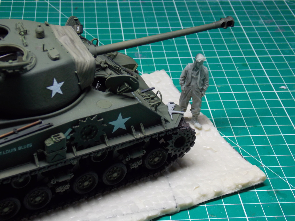 Sherman M4A3 76W HVSS with full interior RFM 1/35 - Page 9 Dscn8634
