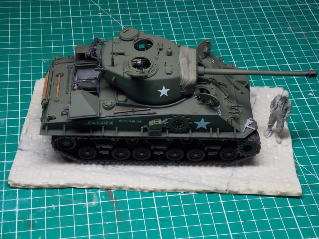 Sherman M4A3 76W HVSS with full interior RFM 1/35 - Page 9 Dscn8636