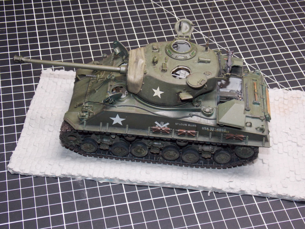 Sherman M4A3 76W HVSS with full interior RFM 1/35 - Page 10 Dscn8689