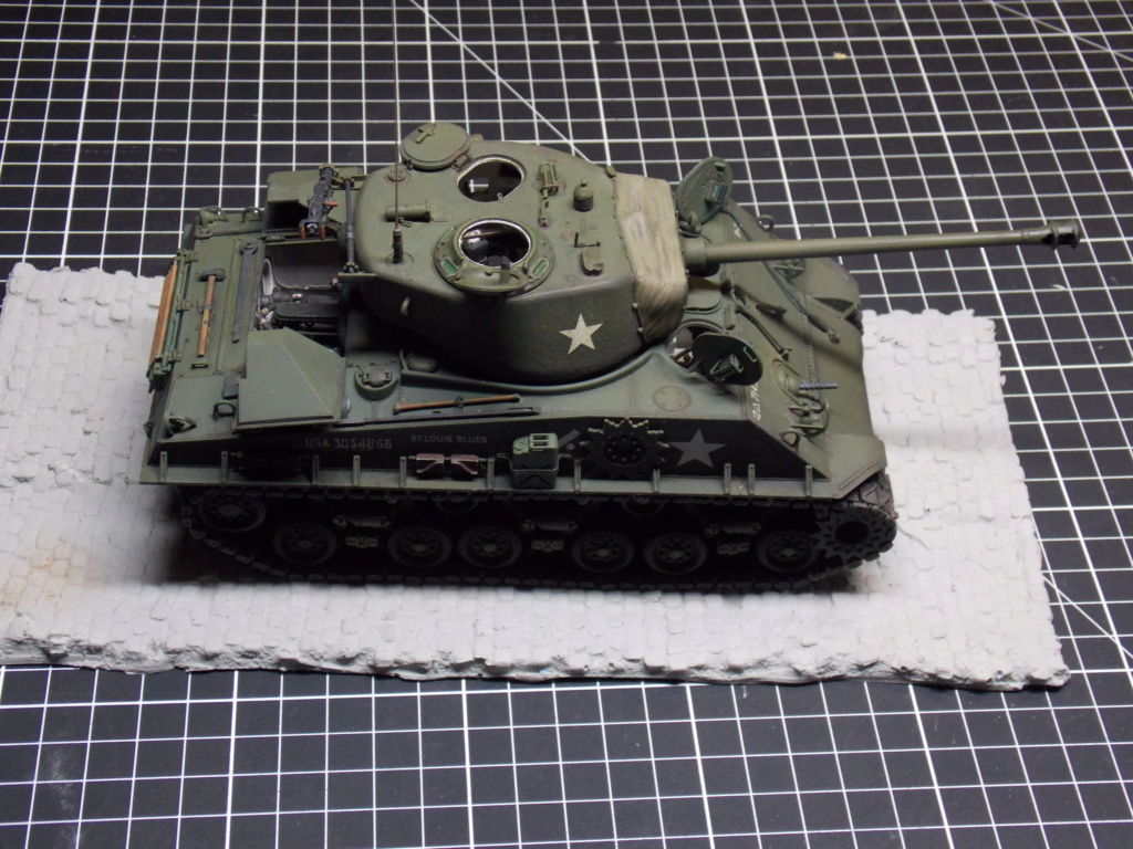 Sherman M4A3 76W HVSS with full interior RFM 1/35 - Page 10 Dscn8690