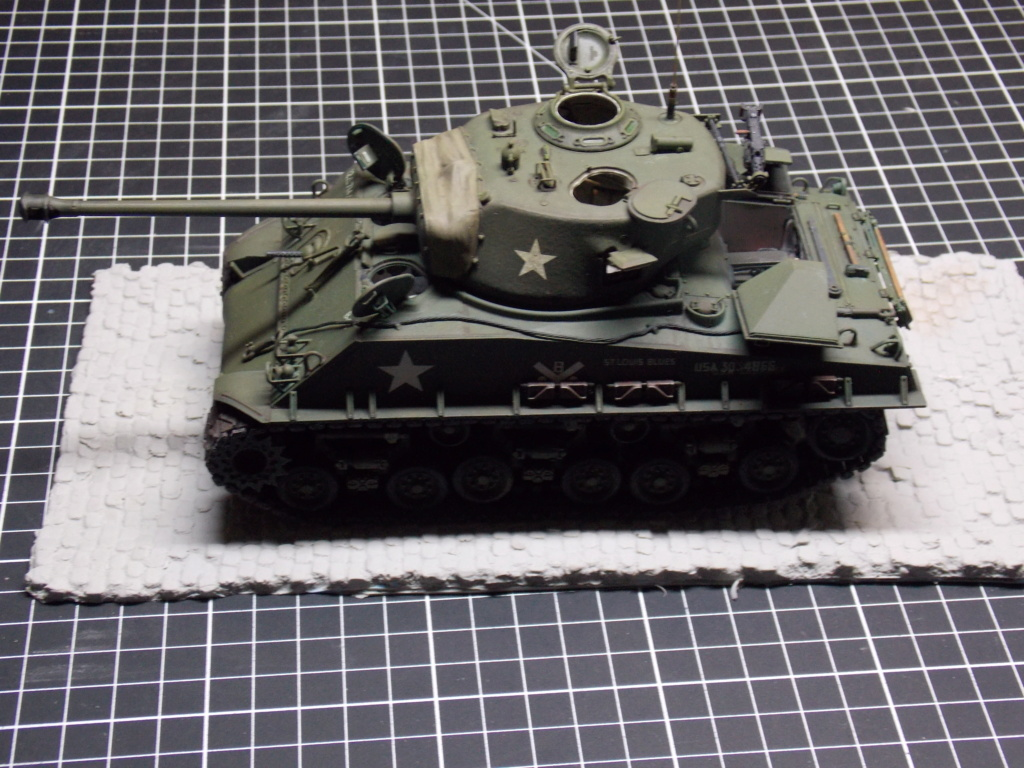 Sherman M4A3 76W HVSS with full interior RFM 1/35 - Page 10 Dscn8692