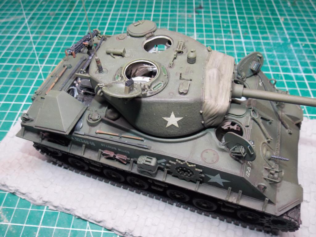 Sherman M4A3 76W HVSS with full interior RFM 1/35 - Page 11 Dscn8712