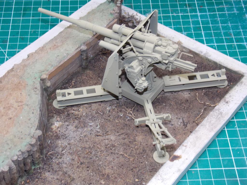 88mm en embuscade - Hauteurs de Bourguébus  Juin 44 (Dragon 1/35) fini - Page 2 Dscn8721