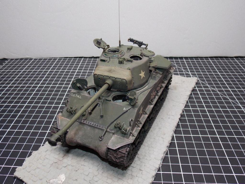 Sherman M4A3 76W HVSS with full interior RFM 1/35 - Page 11 Dscn8861