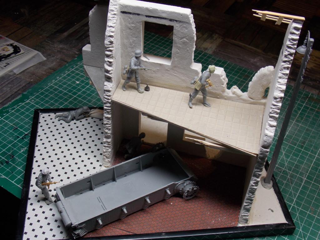 Guet-apens  Jadpanzer IV L48 / figurines DRAGON / décor perso  1/35  FINI  Dscn8955