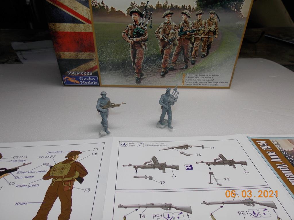 """""""Par ici Messieurs """"   Centaur /Triumph/Humber MK I /pont Bailey  1/35 - Page 2 Dscn9036"""