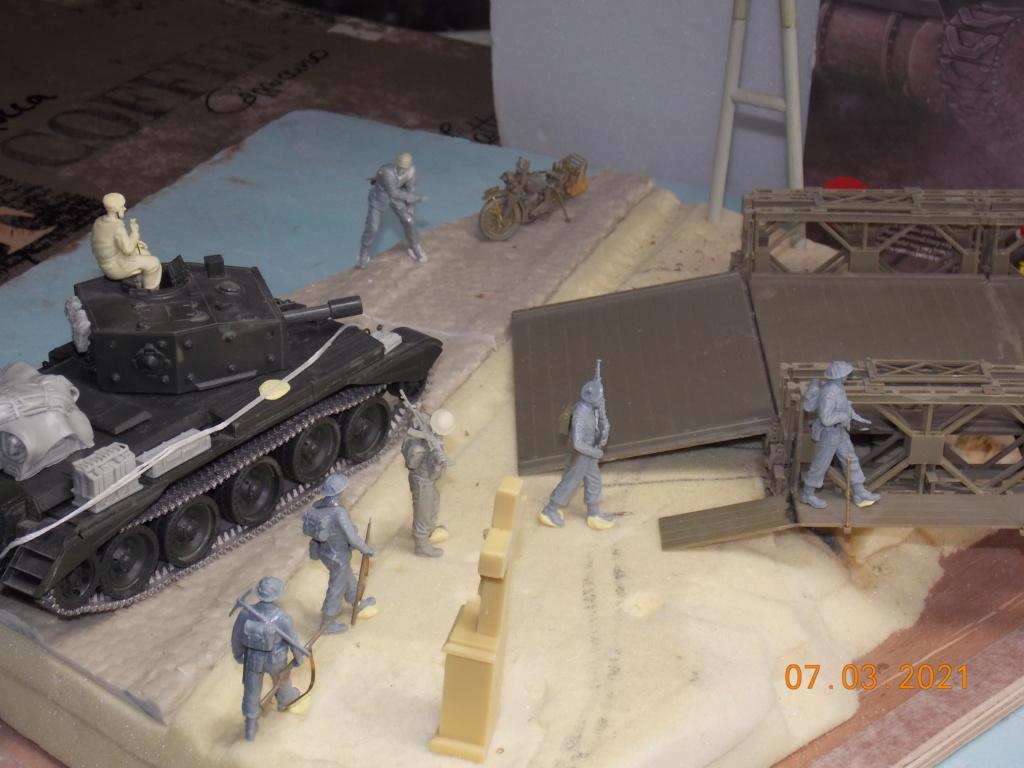 """""""Par ici Messieurs """"   Centaur /Triumph/Humber MK I /pont Bailey  1/35 - Page 2 Dscn9049"""
