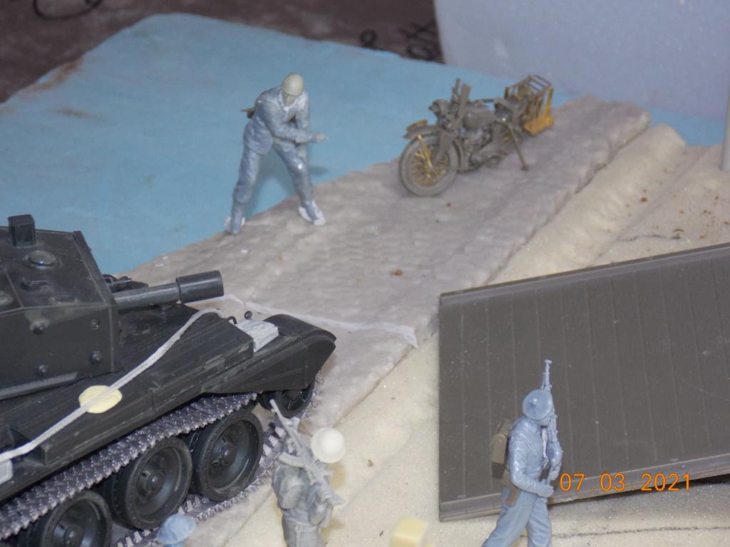 """""""Par ici Messieurs """"   Centaur /Triumph/Humber MK I /pont Bailey  1/35 - Page 2 Dscn9051"""
