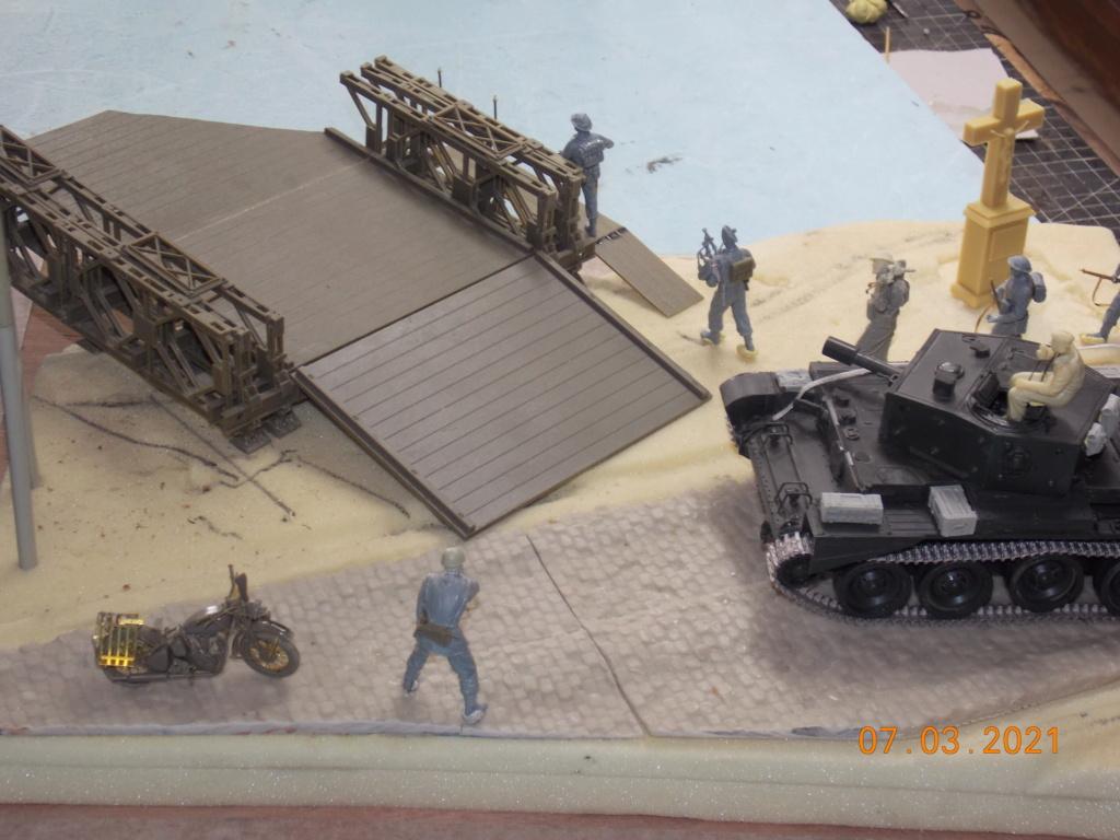 """""""Par ici Messieurs """"   Centaur /Triumph/Humber MK I /pont Bailey  1/35 - Page 2 Dscn9052"""