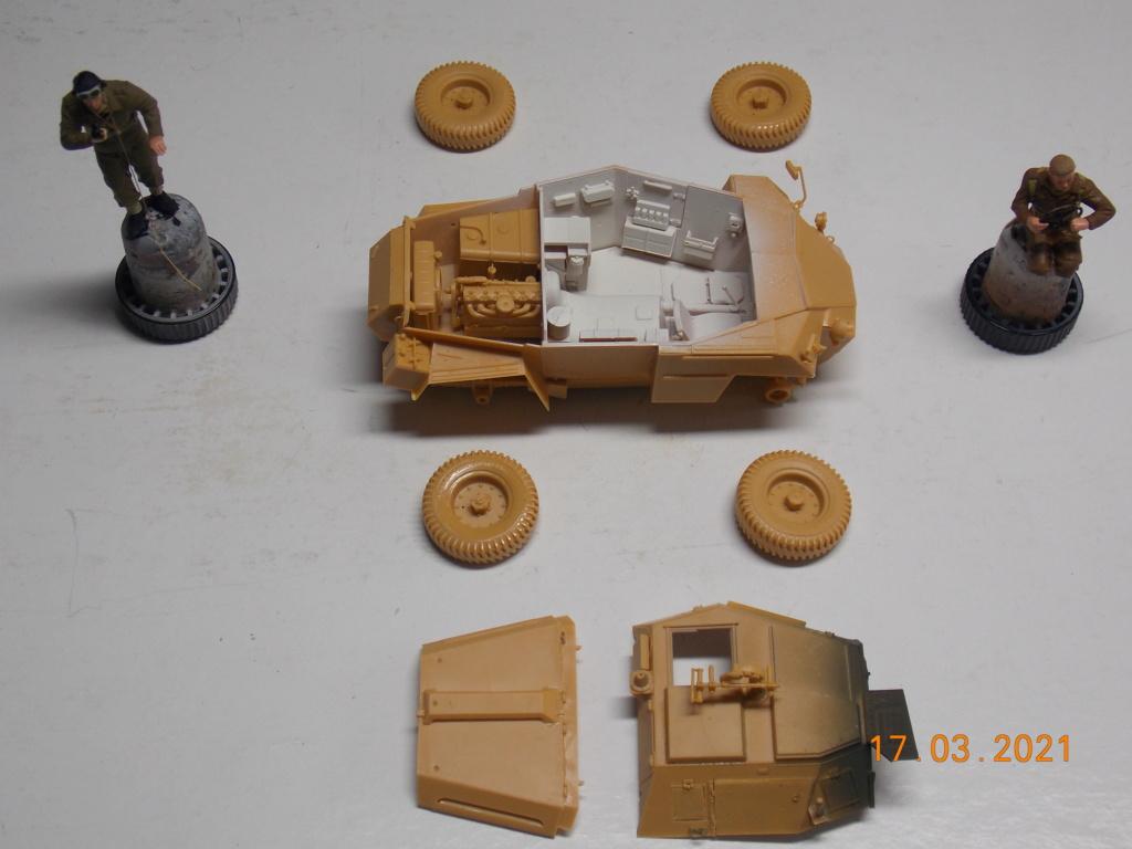 """""""Par ici Messieurs """"   Centaur /Triumph/Humber MK I /pont Bailey  1/35 - Page 3 Dscn9064"""