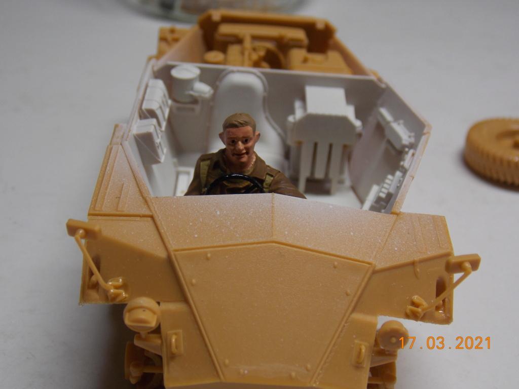 """""""Par ici Messieurs """"   Centaur /Triumph/Humber MK I /pont Bailey  1/35 - Page 3 Dscn9066"""