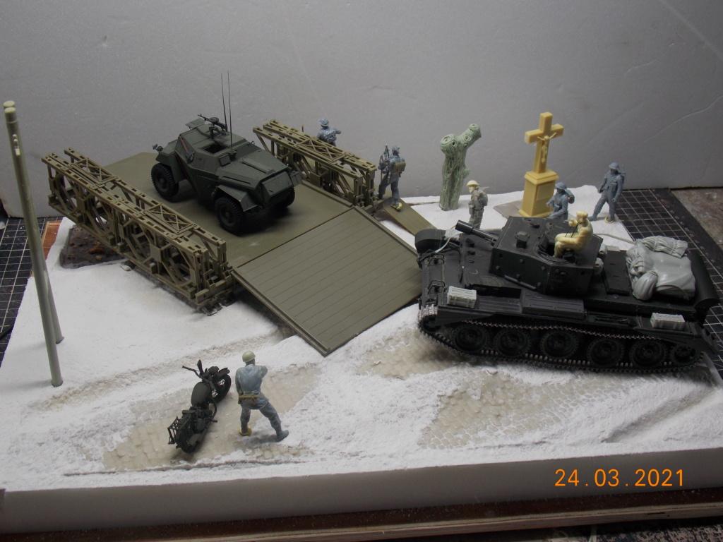 """""""Par ici Messieurs """"   Centaur /Triumph/Humber MK I /pont Bailey  1/35 - Page 4 Dscn9073"""