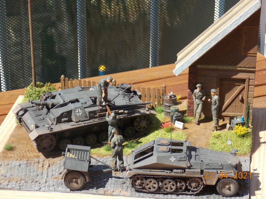 Quelque part sur le front de l'Est Juin 41 - Stug III Ausf.B (Tamiya ) et Sd.Kfz.252 (Dragon ) 1/35 - Page 10 Dscn9110