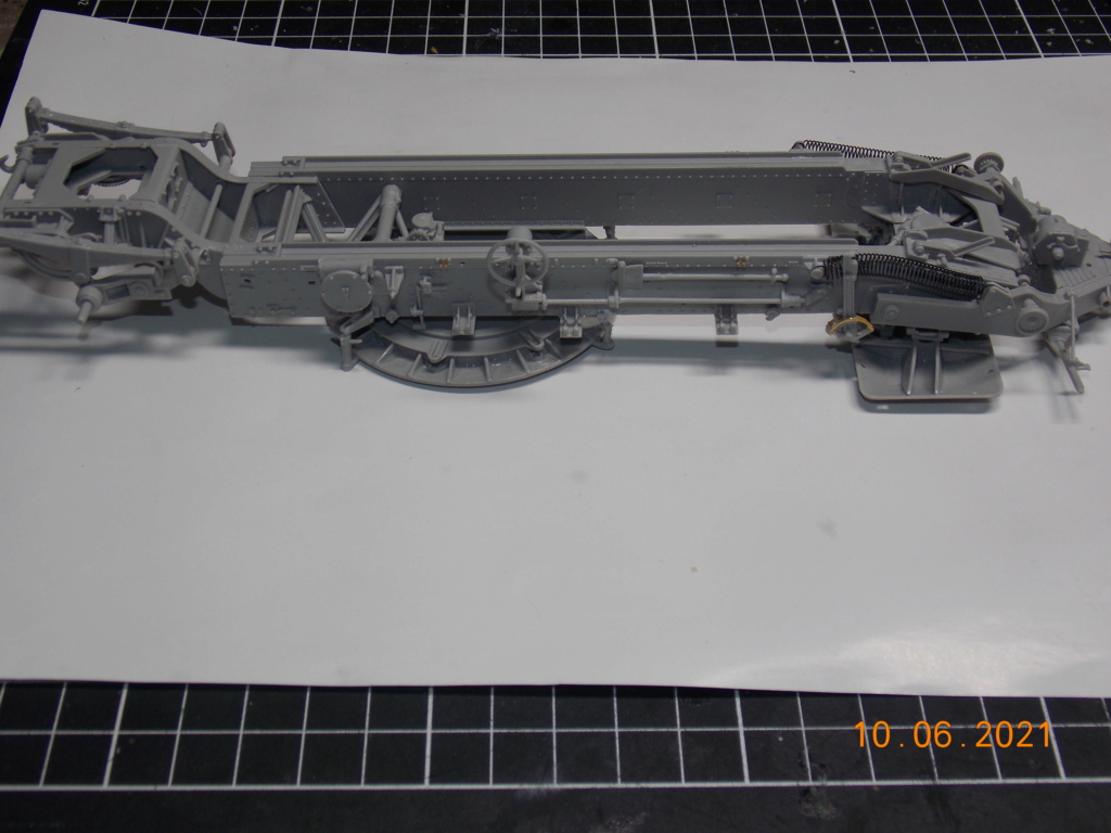 Un montage kolossal (Tamiya/Trumpeter 1/35) Dscn9152