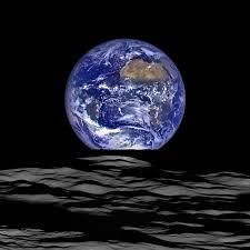 The Moon/La Lune. - Page 4 Images10