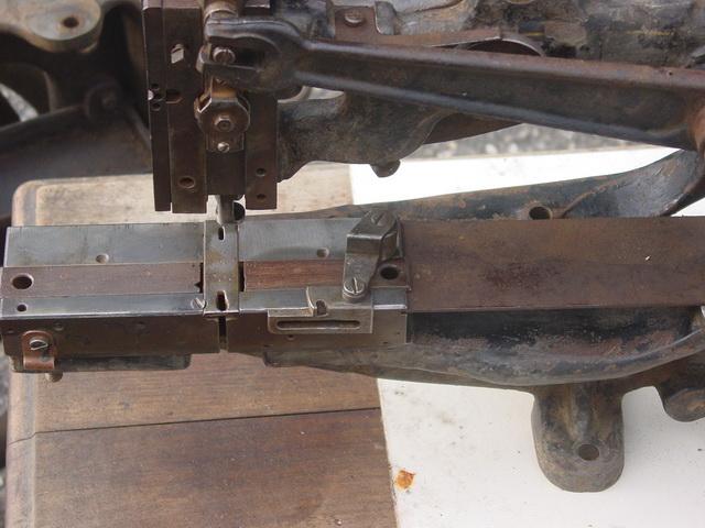 Machine à coudre de Sellier UNITED 6 (Pearson) Pearso11