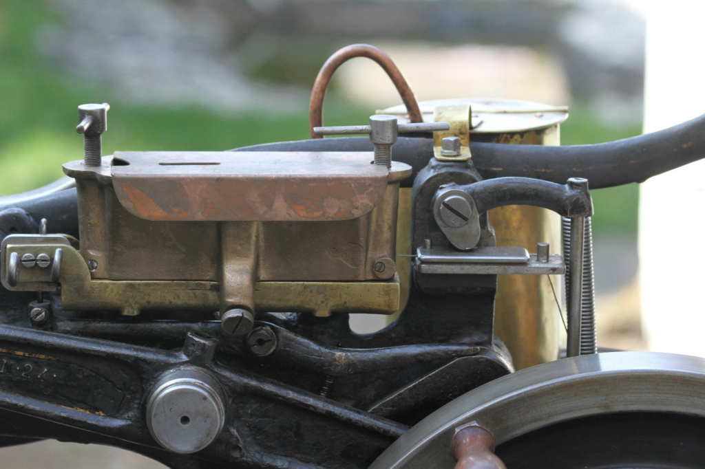 Machine à coudre de Sellier UNITED 6 (Pearson) United13