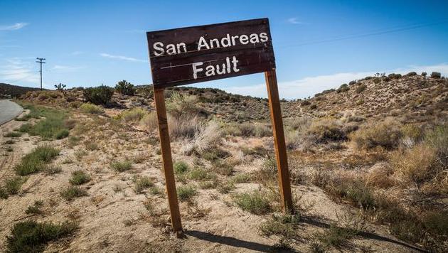 Faille de San Andreas vue du ciel. Rrr10