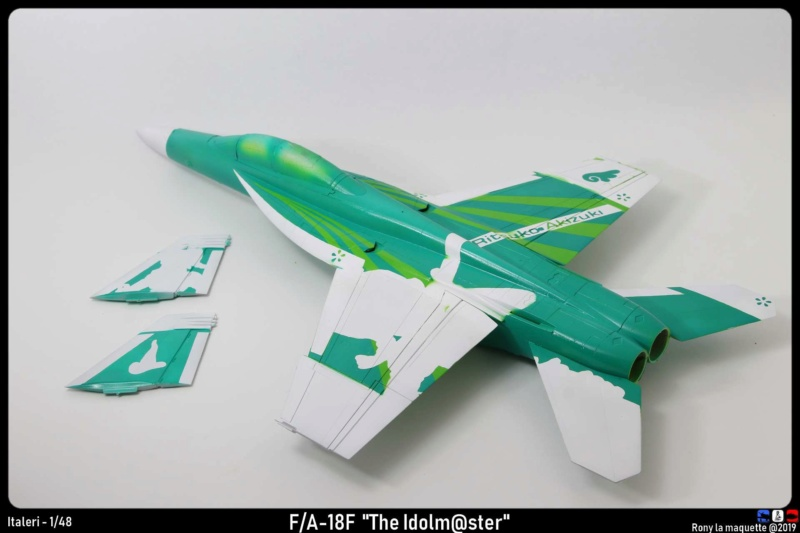 """Montage du F/A-18F """"The Idolmaster"""",  1/48 - Page 2 Monta108"""