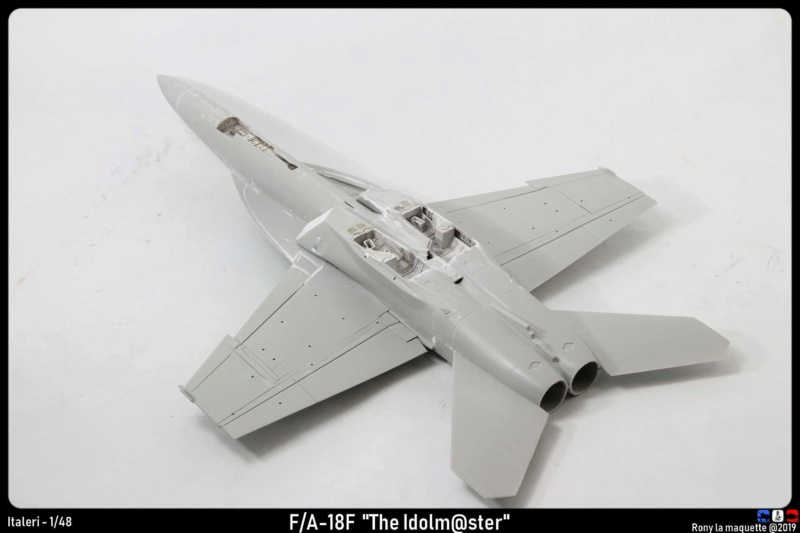 """Montage du F/A-18F """"The Idolmaster"""",  1/48 Montag95"""