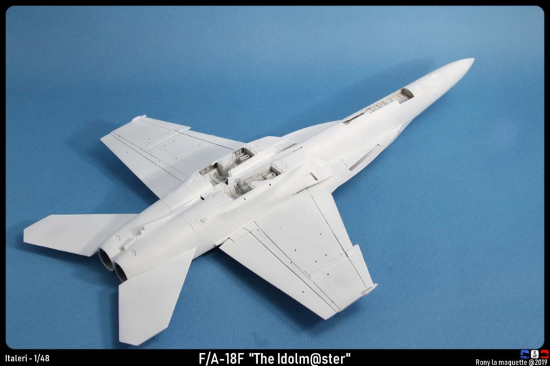 """Montage du F/A-18F """"The Idolmaster"""",  1/48 - Page 2 Montag98"""