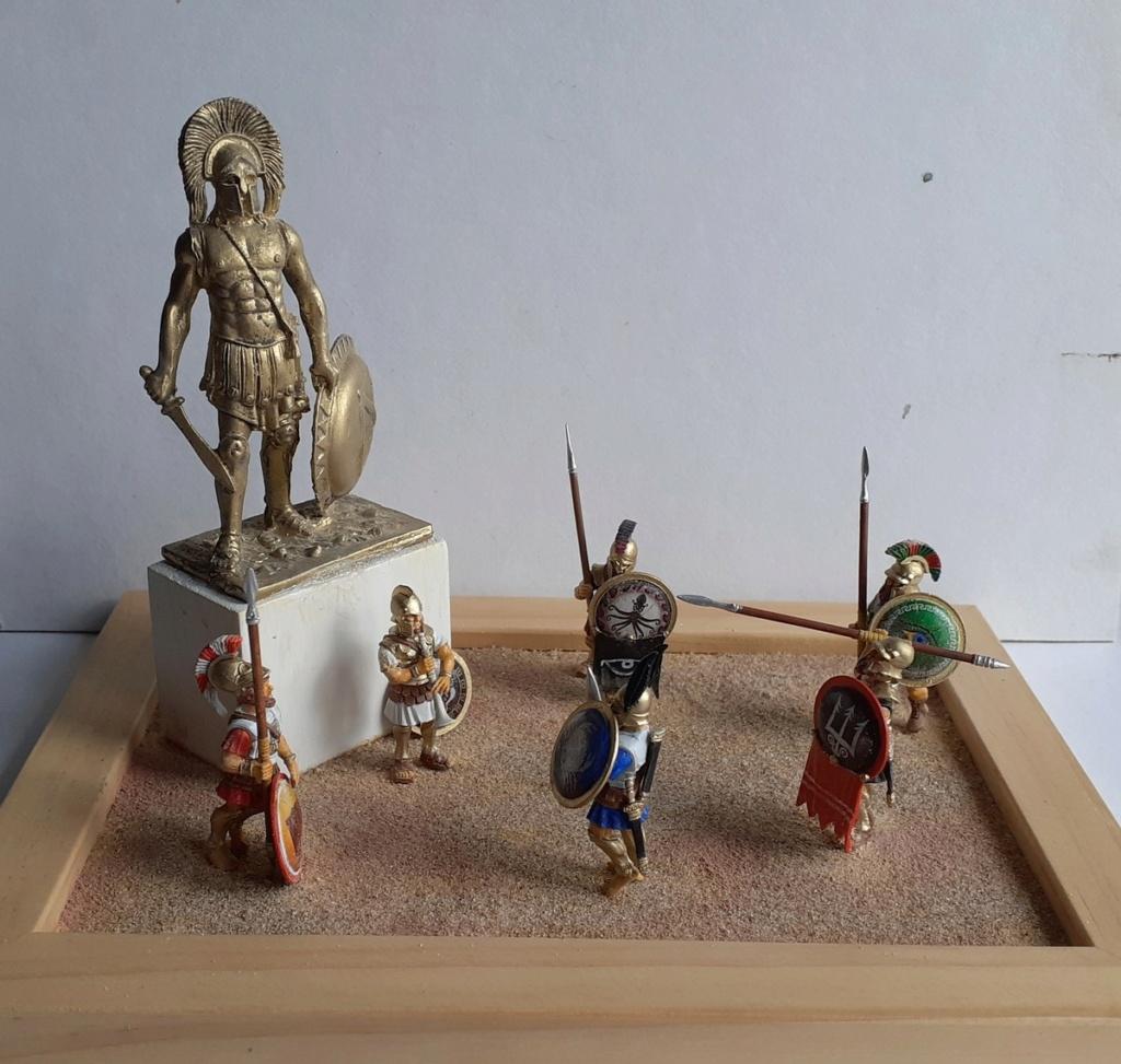 Gloire à LEONIDAS (figurines Victrix 40mm et EK Casting 70mm) 20200813