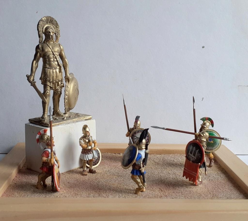 Gloire à LEONIDAS (figurines Victrix 40mm et EK Casting 70mm) 20200814