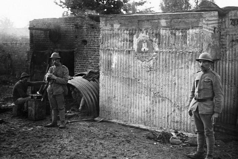 Infanterie portugaise-La Lys 1918 (1/35) ajout nouvelles photos - Page 2 Abri_p10