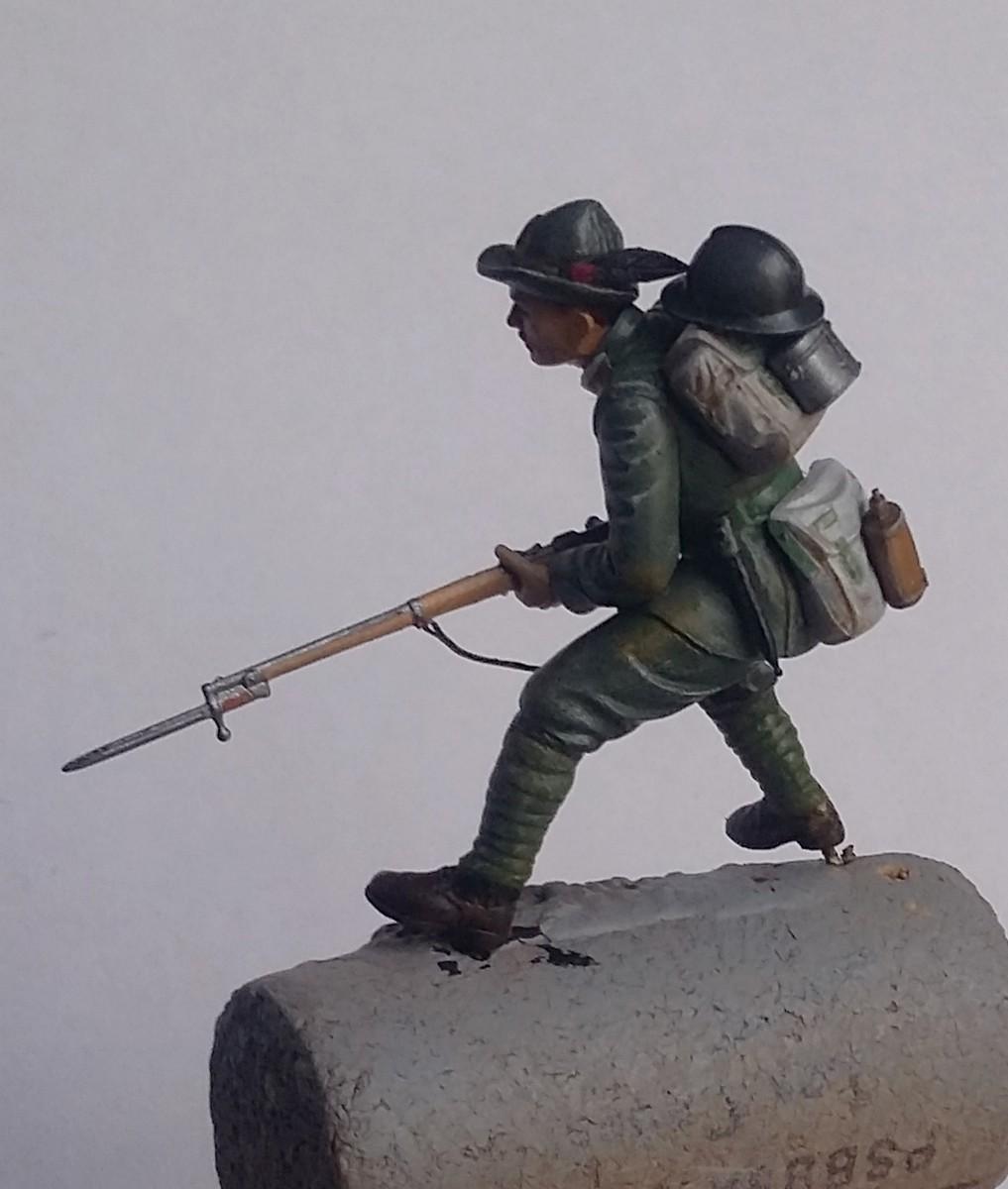 """Petit pas à pas - Légionnaire tchèque dans l'armée italienne-Doss Alto 1918 au 1/35 """"terminé"""" Dio_2615"""