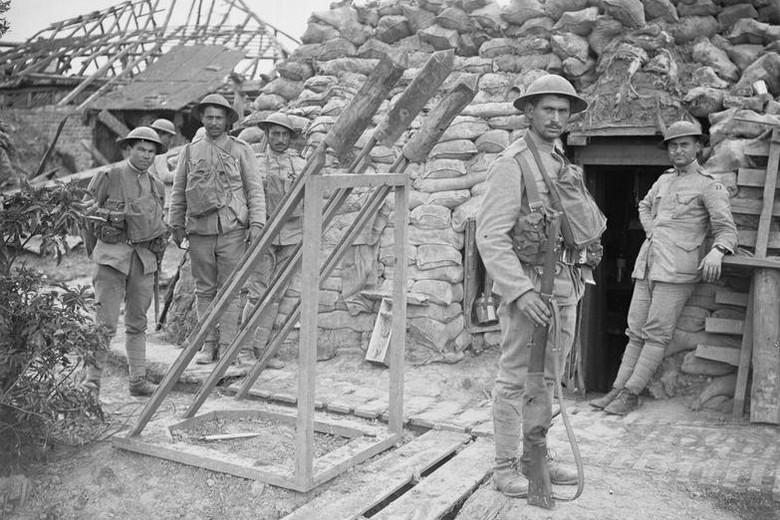 Infanterie portugaise-La Lys 1918 (1/35) ajout nouvelles photos - Page 2 Tranch10