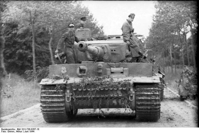 Tiger 1 de Michael Wittmann à Villers Bocage - 1944 - diorama tamiya 1/35 62342510