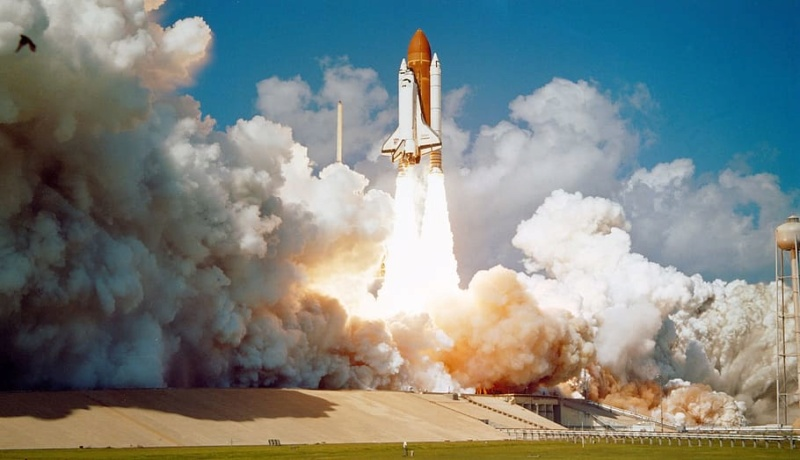 Navette spatiale Endeavour / Télescope Hubble - Hasegawa - 1/200 Challe10