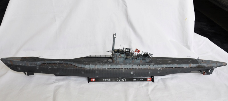 U-boot typ IX C/40 (U-190) Revell 1/72 - Page 2 Dsc_0019