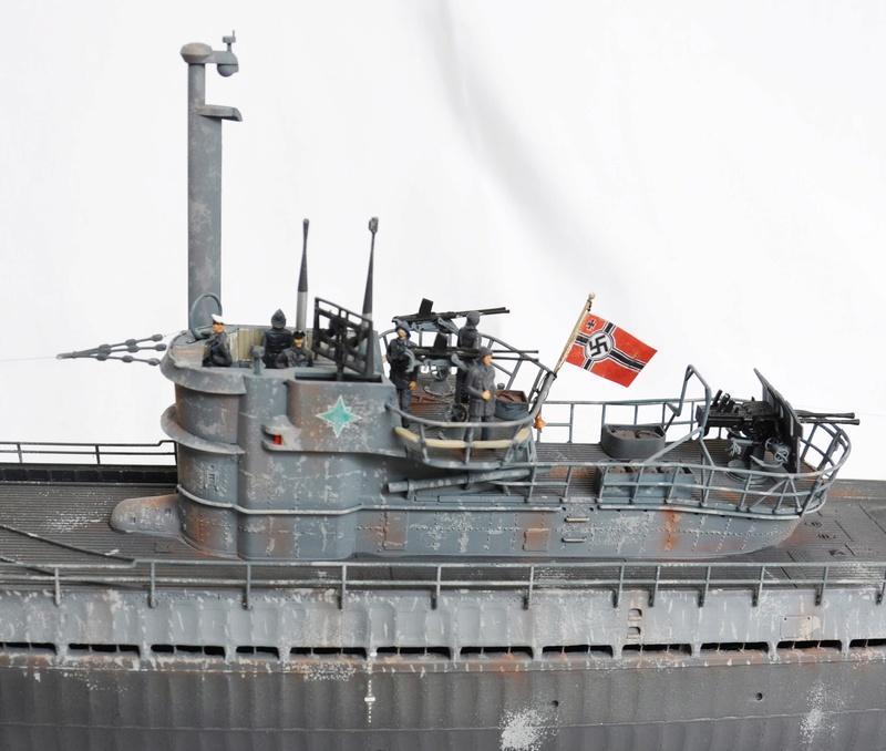 U-boot typ IX C/40 (U-190) Revell 1/72 - Page 2 Dsc_0020