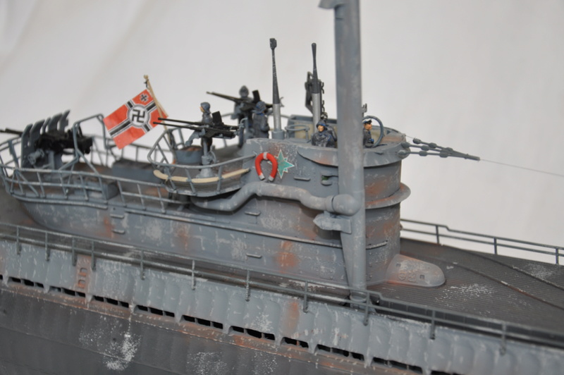 U-boot typ IX C/40 (U-190) Revell 1/72 - Page 2 Dsc_0027