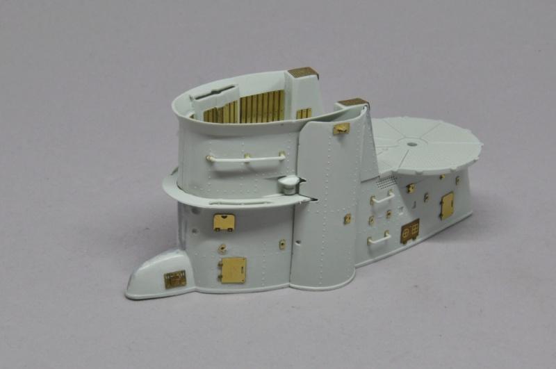 Diorama du U-588 en cale sèche au 1/72 - Page 2 Dsc_0927
