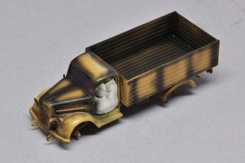 Diorama du U-588 en cale sèche au 1/72 - Page 6 Dsc_0988