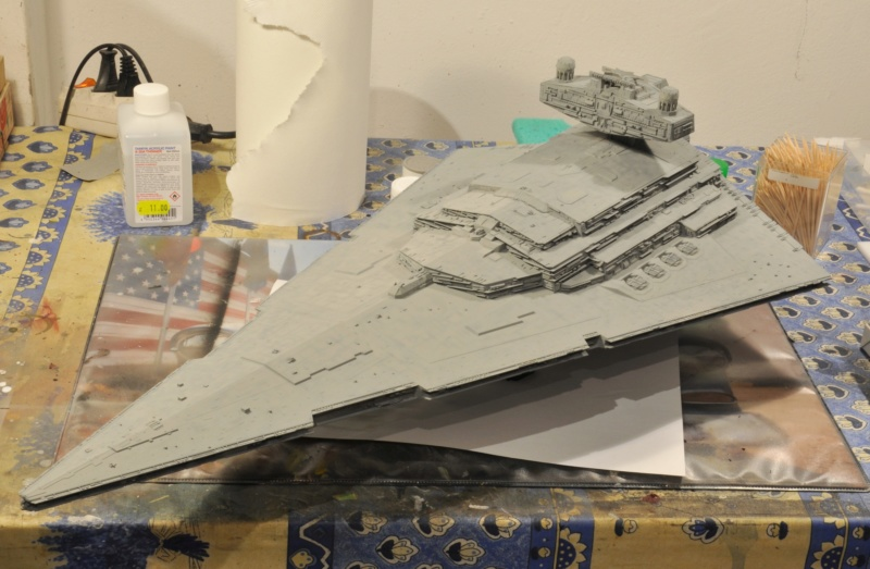 Imperial Star Destroyer - Star Wars - Revell - 1/2700 Dsc_1223