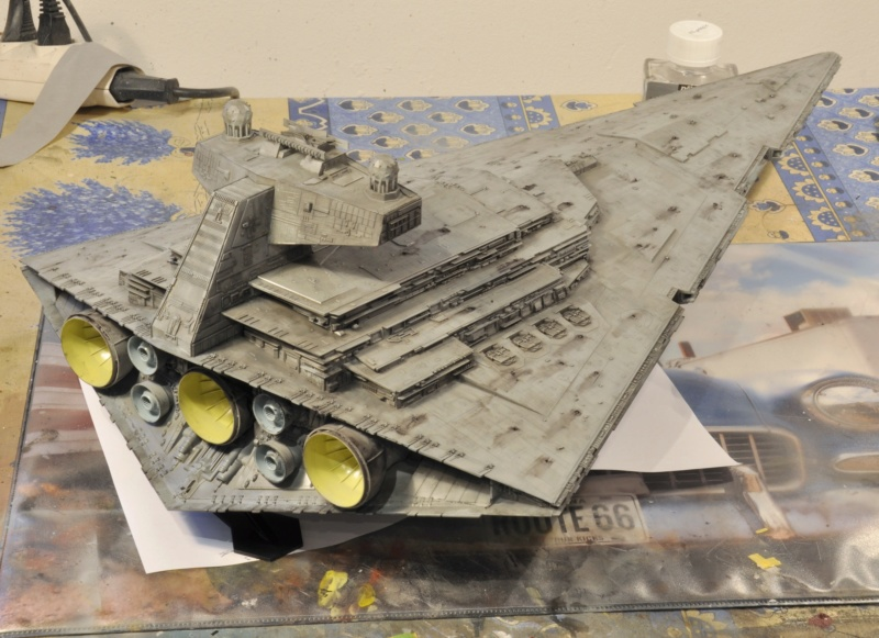Imperial Star Destroyer - Star Wars - Revell - 1/2700 Dsc_1235