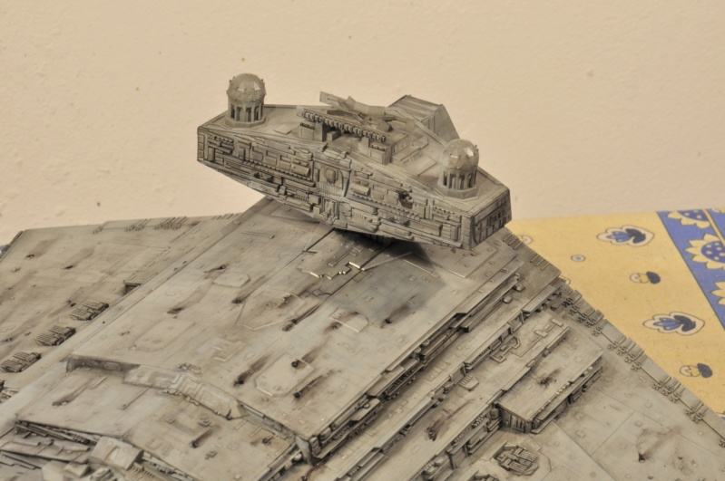 Imperial Star Destroyer - Star Wars - Revell - 1/2700 Dsc_1237