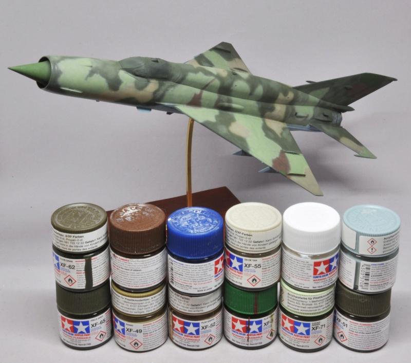 Mikoyan-Gourevitch MiG-21 MT/SMT - Eduard -1/48 (Concours Fighter) Dsc_1480